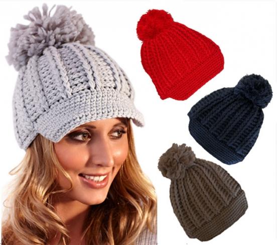 Модные вязаные шапки весна