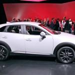 Новые Mazda СХ-3 2017 года и CX-5.