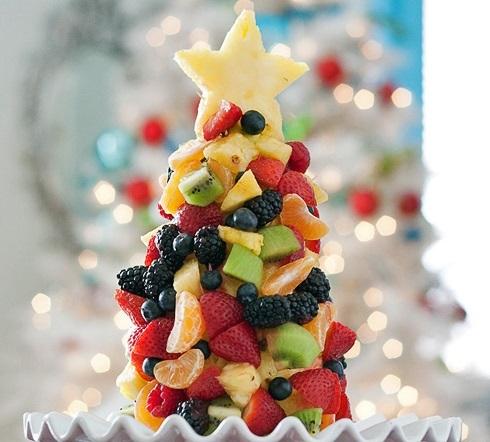 Елка 2016 из фруктов