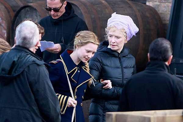 Выход продолжения фильма Алиса в Зазеркалье запланирован на май 2016 года