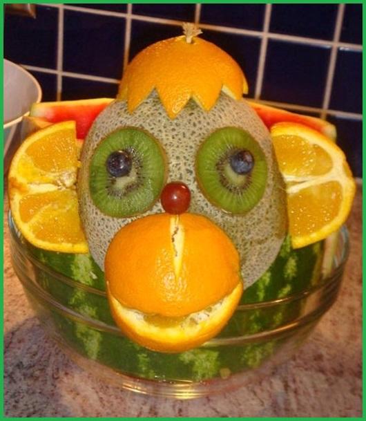 Фото простого домашнего салата Обезьянки из фруктов